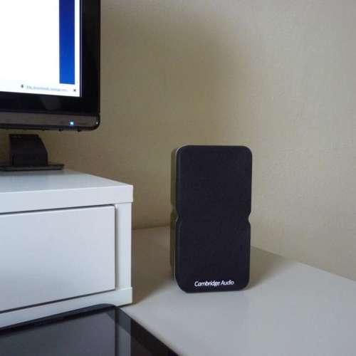 Cambridge Audio Min 21 schuin voor met pc