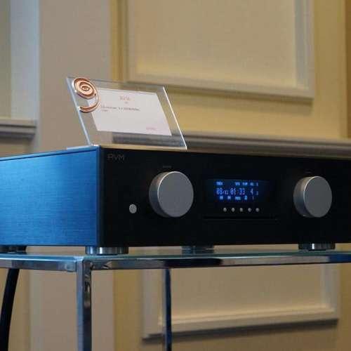 En AVM was ook in de zaal van Look and Listen.