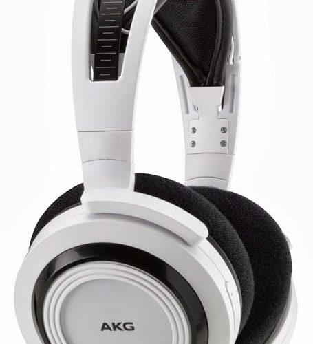 AKG K935