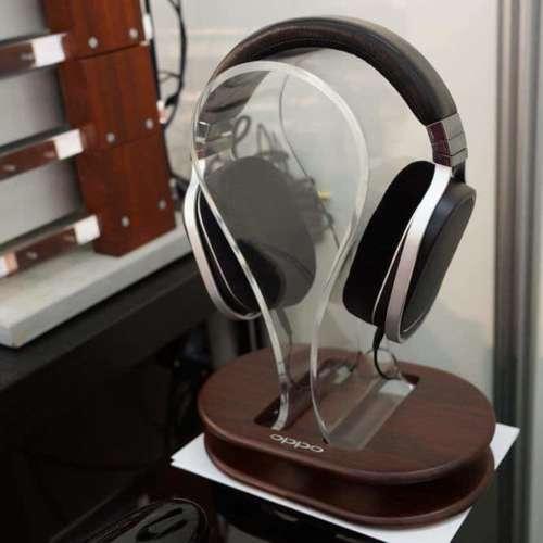 Oppo headset