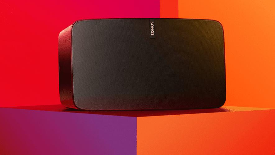 De Sonos Play:5 met 'geheimzinnige' functieloze microfoons