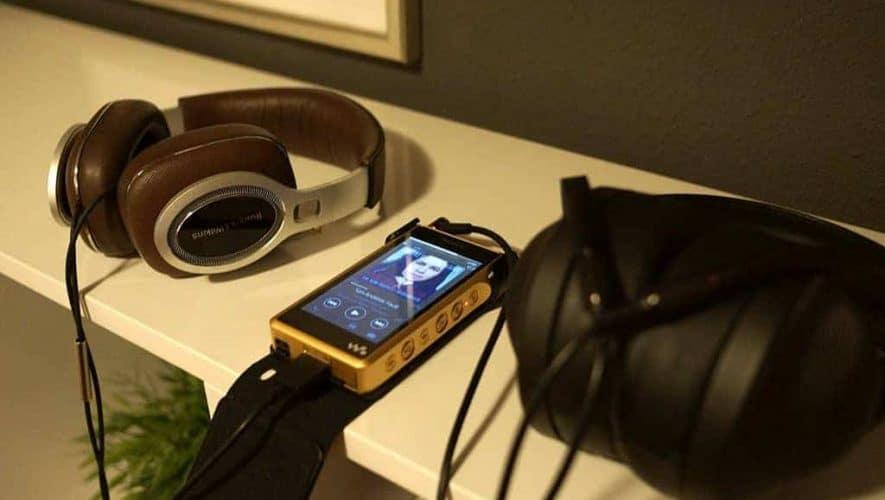 Sony met Bowers P9