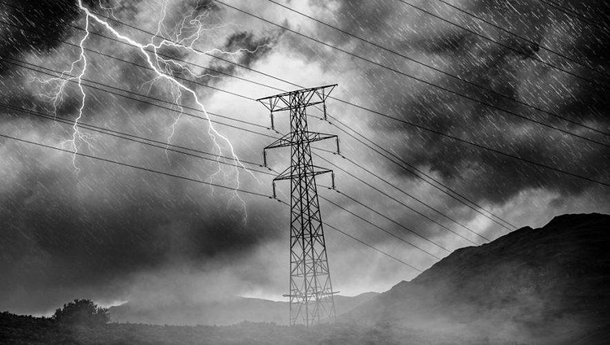 Audio Expert organiseert op 17 juni een demo rondom de netzuiveringsproducten van IsoTek (bron afbeelding: http://www.publicdomainpictures.net/view-image.php?image=187441&picture=high-voltage-and-storm)