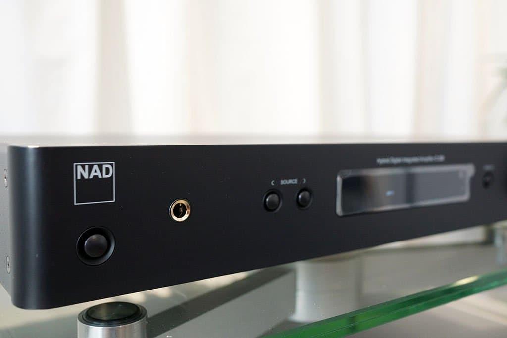 Review NAD C338 versterker - De set-up - Alpha-Audio