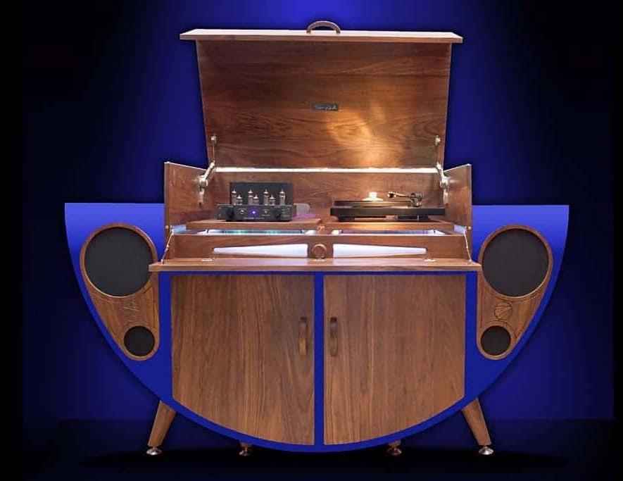 De Stereogram van Tutti Audio, in een uitvoering met blauwe panelen