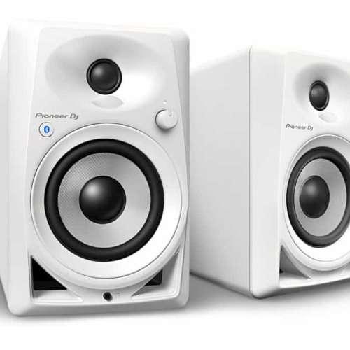 De nieuwe Pioneer DJ DM-40BT speakers