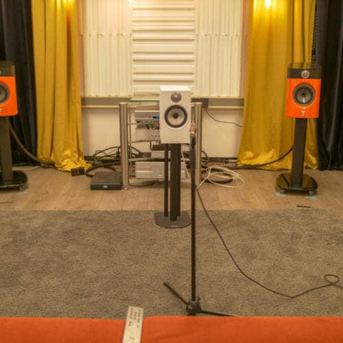 Bowers Wilkins 606S2