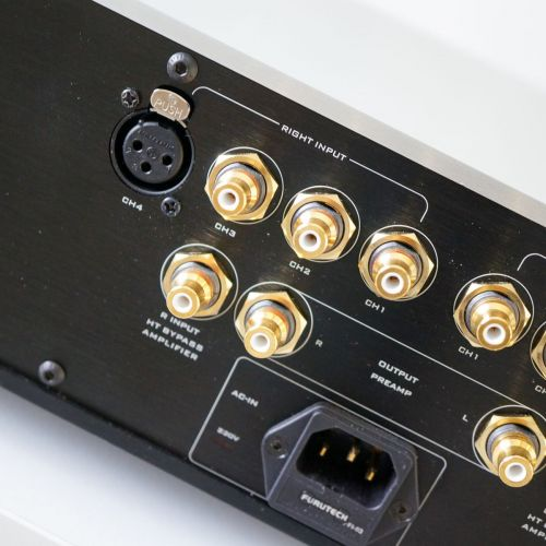 Hoe doe je hook up amp naar de fabriek radio