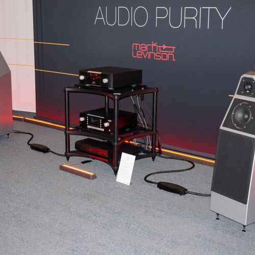 Wilson Audio met Mark Levinson
